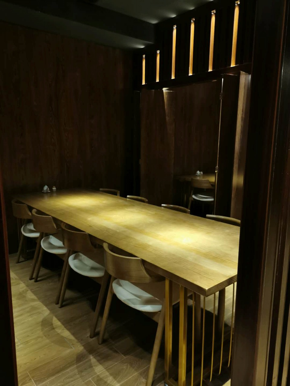 テーブル個室(繋げて20名までOK)