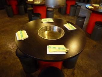4名用テーブル席。