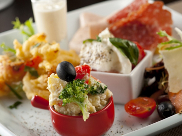 イタリア前菜の盛り合わせ。