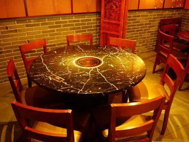 テーブル席(円卓)
